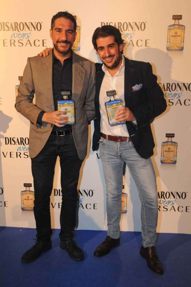 DISARONNO WEARS VERSACE 5